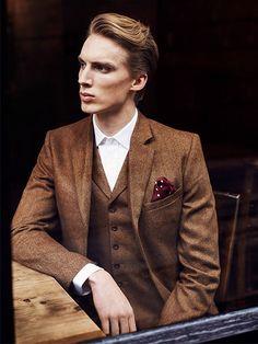 Three Piece Herringbone Tweed Wedding Suit. http://www.tweedaddict.com/   menswear, men's fashion