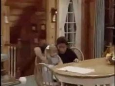 -Full House // Uncle Jesse & Michelle // Jesse's Girl - this is so adorable! Uncle Jesse, Fuller House, Projects, Log Projects, Blue Prints