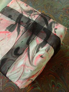 How to make your own marbled gift wrap gift tags and cards following these easy steps