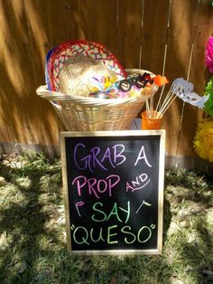 Quinceanera Party Planning – 5 Secrets For Having The Best Mexican Birthday Party Mexican Birthday Parties, Mexican Fiesta Party, Fiesta Theme Party, Festa Party, First Birthday Parties, First Birthdays, Taco Party, Birthday Ideas, Fiesta Games