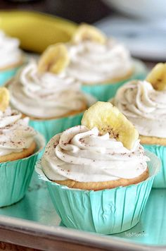 BANANA Cream Pie Cupcakes. Light, tender vanilla cupcake filled with a luscious banana cream custard, topped with a banana buttercream – a pretty, simple #cupcake #recipe http://thecupcakedailyblog.com/banana-cream-pie-cupcakes-2/