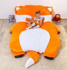 Beanbag, Sitzsack Bezug für das Kinderzimmer / Cute bean bag cover for children for your playroom or nursery made by Victoria_Vysotskaya via DaWanda.com #beanbag #sitzsack #stofftier #kinder #kinderzimmer #spielzimmer #bezug #fuchs #fox #cover #pillow #huge #giant #large