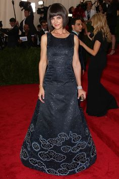 Met Ball May 4 2015 Katie Holmes wore a dress by Zac Posen. Oscar Dresses, Prom Dresses, Formal Dresses, Katie Holmes, Red Carpet Dresses, Celebs, Celebrities, Zac Posen, Beautiful Gowns
