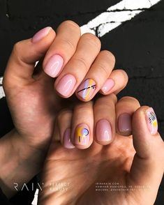 Cute & Easy Nail Designs for Short Nails - Whoever said nail art requires longer nails has never tried this trendy art on short nails. If you browse online, you'll be bombarded with an array of nail art designs in no time. Cute Easy Nail Designs, Short Nail Designs, Nail Art Designs, Minimalist Nails, Cute Simple Nails, Perfect Nails, Stylish Nails, Trendy Nails, Love Nails