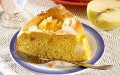 Tort pufos cu mere, un desert fără zahăr