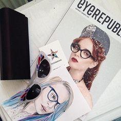 Нам так приятно видеть фотографии с нашими журналами 💛спасибо вам!! #Repost @misha00misha ・・・