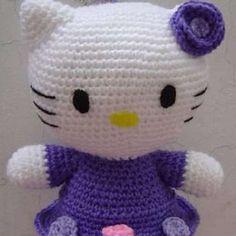 Free Hello Kitty Amigurumi Pattern http://wixxl.com/free-hello-kitty-amigurumi-pattern-2/