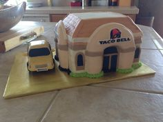 Taco Bell cake for Braxton's birthday. 16th Birthday, Cakes And More, Amazing Cakes, Tacos, Holidays, Sweet 16 Birthday, Holidays Events, Holiday, Vacation