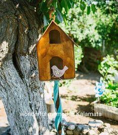 Διακοσμητικό εισόδου με θέμα το πουλάκι  #baptism #bird #christening Bird, Outdoor Decor, House, Home Decor, Decoration Home, Home, Room Decor, Birds, Home Interior Design