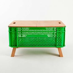 PANRICO Crate Furniture by Merry Design Studio – upcycleDZINE