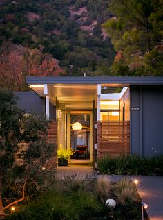 Eichler home in California's Marin County by Building Lab.  Kind of an unfortunate address for such a beautiful home.