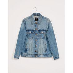 Cazadora denim oversize - Abrigos y chaquetas - Bershka España ❤ liked on Polyvore featuring tops, denim top, blue top, oversized tops and bershka