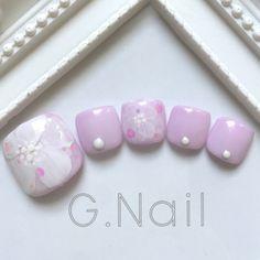 かわいいネイルを見つけたよ♪ #nailbook Pedicure Designs, Manicure Y Pedicure, Toe Nail Designs, Cute Toe Nails, Cute Nail Art, Pretty Nails, Sunflower Nail Art, Feet Nails, Toenails