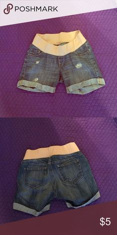 Distressed maternity shorts Size 2 from old navy, like new Old Navy Shorts Jean Shorts