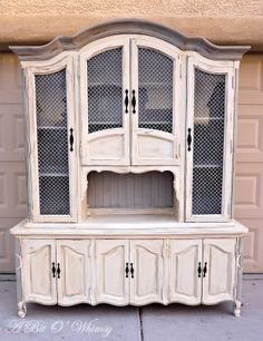 Hutch Redo: Annie Sloan Chalk Paint Old White with Paris Gray Accent, and Dark Wax. by A Bit O' Whimsy. Don't like the criss-cross stuff in the window openings, but love all the rest :-) Chalk Paint Furniture, Furniture Projects, Furniture Making, Diy Furniture, Furniture Design, Refurbished Furniture, Repurposed Furniture, Furniture Makeover, Vintage Furniture