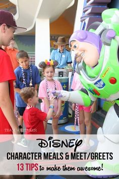 Making plans to see characters at Walt Disney World? These 13 tips will help you make the most out of meeting your favorite characters - from autograph books, capturing it on film, the best time to visit, which character meal to choose and more! Disney World 2017, Disney World Planning, Walt Disney World Vacations, Disney Parks, Family Vacations, Family Travel, Disneyland Vacations, Orlando Disney, Disney Worlds