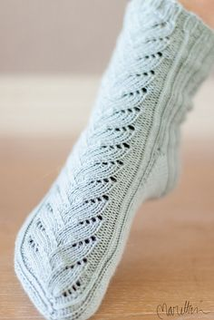 Ravelry: Verso pattern by Tiina Kuu: Free Top-down