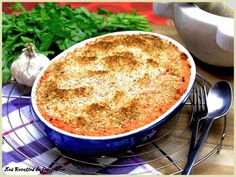 Parmentier de canard confit et patates douces : http://www.ptitchef.com/recettes/plat/parmentier-de-canard-confit-et-patates-douces-fid-1528944