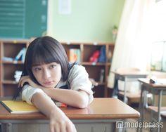 広瀬すずが特技で魅せる 鮮やかなバスケのシュートに歓声と拍手 - モデルプレス Japanese School Uniform, School Uniform Girls, School Girl Dress, High School Girls, Innocent Girl, Girl Sleeping, Cool Poses, Cute Japanese Girl, Dynamic Poses