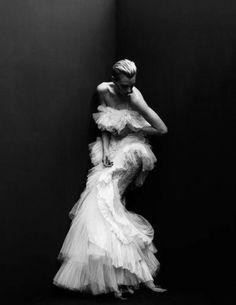 """"""" Hannelore Knuts (Model) Tetsu Kubota (Photographer) Guillaume Boulez (Fashion Editor/Stylist) Dennis Gots (Hair Stylist) Aya Komatsu (Makeup Artist) """" """""""