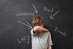 Noi ADHD, siamo veramente sbagliati, oppure è la SOCIETÀ che invece non rispetta gli individui diversi che non sono conformi ad essa? Da ADHD è la seconda.