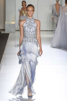 Ralph & Russo Fall 2017 Couture Fashion Show Collection: See the complete Ralph & Russo Fall 2017 Couture collection. Look 36 Fashion Week, Runway Fashion, High Fashion, Fashion Outfits, Fashion Goth, Ralph & Russo, Collection Couture, Fashion Show Collection, Vogue