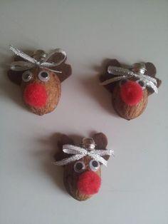 vánoční dekorace na dárečky