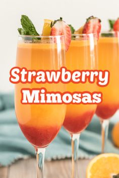 This strawberry mimosa recipe is made with fresh squeezed orange juice and pureed strawberries. It is a delicious and festive drink for any holiday! Non Alcoholic Mimosa, Drink Recipes Nonalcoholic, Coctails Recipes, Alcohol Drink Recipes, Alcoholic Desserts, Orange Juice Alcoholic Drinks, Mango Rum Drinks, Thanksgiving Drinks Non Alcoholic, Mocktail Drinks