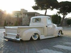looking gorgeous in white. 54 Chevy Truck, Chevy 3100, Chevy Pickup Trucks, Classic Chevy Trucks, Gmc Trucks, Cool Trucks, Classic Cars, Old Chevy Pickups, Chevy Classic