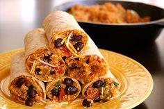 This Skinny Quinoa & Bean Burrito Wrap Recipe is easy to whip up for the fam! #quinoa #beanburrito #wrap