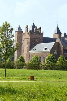 Stayokay Heemskerk (slot Assumburg)
