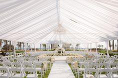 "Polubienia: 1,075, komentarze: 8 – Inside Weddings (@insideweddings) na Instagramie: ""What we're dreaming about on this #WeddingWednesday. 😍 (📷: The Yodsukars, Floral & event design:…"""