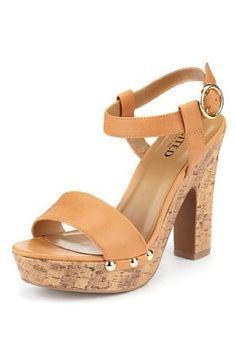 a575c831 Now on Sale: Limited Collection Studded Platform Sandals Skoskåp,  Sommarskor, Bröllopsskor, Oscars
