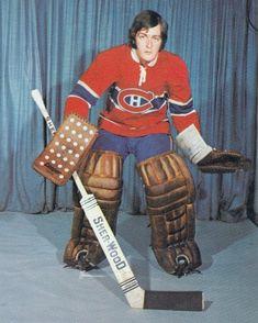 Wayne Thomas - Montreal Women's Hockey, Hockey Cards, Baseball Cards, Montreal Canadiens, Nhl, Goalie Mask, Tim Hortons, Star Wars, Marvel