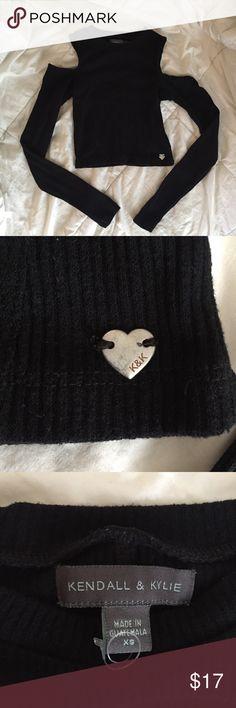 Kendal & Kylie Black Shoulderless Longsleeve Black ribbed material long sleeve crop top with shoulder cutouts. NWOT Kendall & Kylie Tops Crop Tops