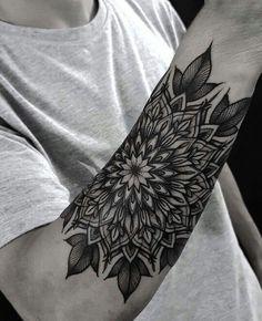 Tatuaże tattoos, mandala tattoo i tattoo designs. Sexy Tattoos, Forarm Tattoos, Dream Tattoos, Badass Tattoos, Forearm Tattoo Men, Body Art Tattoos, Hand Tattoos, Tattoos For Guys, Twilight Tattoo