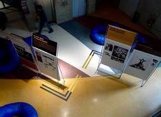 Agnès Dahan Studio - Expositions - 2Conception de la signalétique  et de la communication visuelle  des expositions itinérantes  qui se sont tenues entre 2006  et 2010 au CND à Pantin.