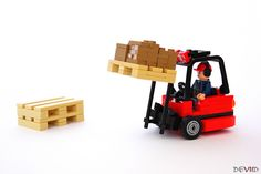 Red forklift (in action) | by Devid VII