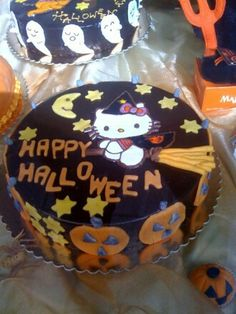 hello kitty halloween.... Ultimate throw together of all my favorite things!