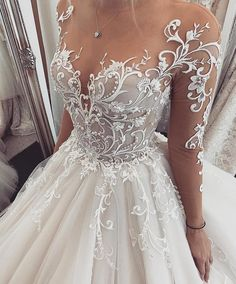 Chic Tulle Jewel Neckline Ball Gown Wedding Dresses With Lace Appliques & Beadings Hochzeitskleid 2019 Hochzeitskleid 2019 NEW! Chic Tulle Jewel Neckline Ball Gown Wedding Dresses With Lace Appliques & Beadings Hochzeitskleid 2019 Top Wedding Dresses, Wedding Dress Trends, Bridal Dresses, Wedding Gowns, Bridesmaid Dresses, Prom Dresses, Wedding Ideas, Wedding Hacks, Evening Dresses