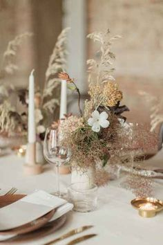 Litha: Elegant Midsummer Wedding Decor & Style With British Grown Flowers & Natural Decor Floral Wedding, Wedding Flowers, Neutral Wedding Decor, Flower Installation, Minimal Wedding, Wedding Table Settings, Table Flowers, Nature Decor, Boutonnieres