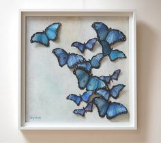 I love how these blue butterflies group together on tree trunks. Its just a sea of blue, turquoise and lilac. Gorgeous 3D painting.