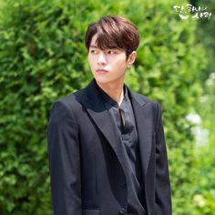 Angel's Last Mission: Love (단, 하나의 사랑) - Drama - Picture Gallery Korean Drama Romance, L Infinite, Kim Myung Soo, Myungsoo, Woollim Entertainment, Kdrama Actors, Drama Movies, Love Pictures, Korean Actors