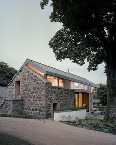 Loughloughan Barn by McGarry-Moon Architects