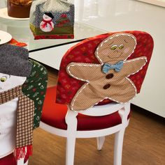 Begin to prepare for Christmas and New Year right now! Christmas Decorations For The Home, New Years Decorations, Christmas Bows, Christmas Ornaments, Holiday Decor, Christmas Chair Covers, Handmade Christmas Crafts, Diy Tableware, Christmas Traditions