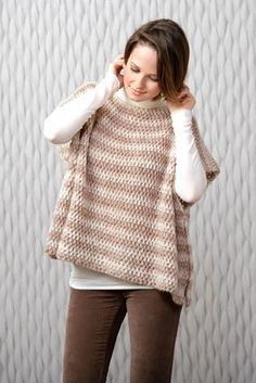 Poncho in Katia Air Alpaca. Discover more Patterns by Katia at LoveKnitting. The world& largest range of knitting supplies - we stock patterns, yarn, needles and books from all of your favorite brands. Poncho Au Crochet, Alpaca Poncho, Mode Crochet, Crochet Poncho Patterns, Crochet Yarn, Crochet Top, Crochet Stitches, Vintage Crochet, Diy Laine