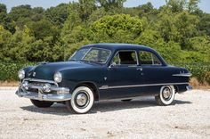 1951 Ford - I really want one of these. The most beautiful car in the World!