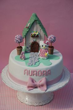 cake hello kitty house