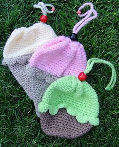 Crochet Ice-Cream Cone/Cupcake Purse By Dedri Uys - Free Crochet Pattern - (ravelry)