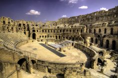 Top 10 Roman Amphitheatres in The Mediterranean | Wink Travel